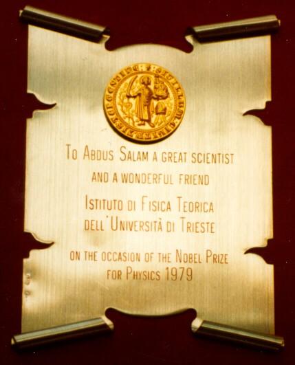 1979 - Istituto di Fisica Teorica, Università degli Studi di Trieste: Congratulations for the Nobel Prize  - big