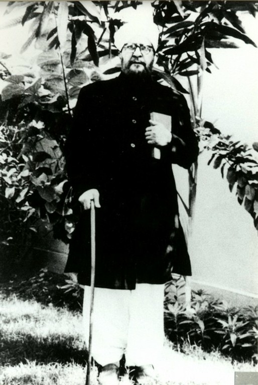 His father, Chaudhry Muhammad Hussain - big