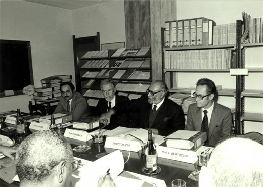 Scientific Council meeting, 1982 - big