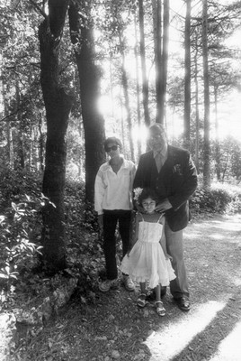 With his children in the Miramare park, 1987 - small